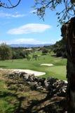Vista sopra un campo da golf del paese Immagine Stock
