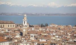 Vista sopra Venezia e le dolomia nevose Fotografia Stock