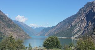 Vista spettacolare Alaska del lago mountain Fotografie Stock Libere da Diritti