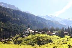 Vista splendida del castello in alpi svizzere Immagini Stock Libere da Diritti