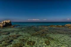 Vista stupefacente al mare ionico immagini stock
