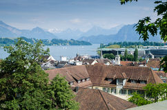 Vista stupefacente del lago lucerne, Svizzera immagini stock