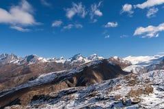 Vista stupefacente di inverno delle alpi dal paradiso del ghiacciaio del Cervino Fotografia Stock
