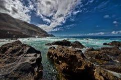 Vista stupefacente sul mare ondulato Fotografia Stock Libera da Diritti