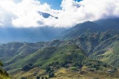 Vista stupefacente sulla montagna nel Vietnam immagini stock libere da diritti