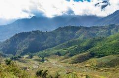 Vista stupefacente sulla montagna nel Vietnam fotografia stock libera da diritti