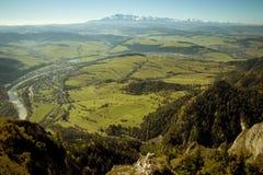 Vista stupefacente sulle montagne di Tatra da Pieniny immagine stock