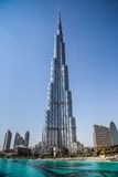 Vista su Burj Khalifa, Dubai, UAE, alla notte Fotografie Stock