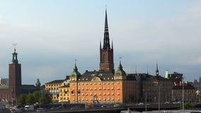 Vista su Gamla Stan a Stoccolma Vecchia città sweden video d archivio