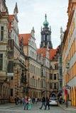 Vista su Hofkirche a Dresda nello stato della Sassonia della Germania Immagine Stock Libera da Diritti