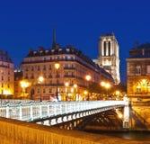 Vista su Notre Dame Cathedral a Parigi Immagini Stock Libere da Diritti