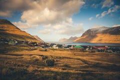 Vista su un fiordo in isole faroe Immagini Stock Libere da Diritti