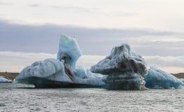 Vista su un iceberg fotografie stock
