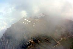 Vista su una di Monte Baldo in nubi Fotografie Stock Libere da Diritti