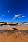 Vista su una spiaggia piena di sole Fotografie Stock