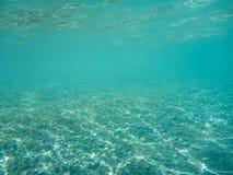 Vista subacquea di bella spiaggia di Skala dell'isola di Kefalonia, mare ionico, Grecia immagine stock libera da diritti