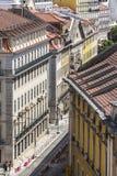 Vista sui vicoli del centro di Lisbona, Portogallo Immagine Stock Libera da Diritti