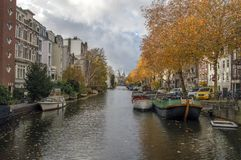 Vista sul canale di Lijnsbaangracht ad Autumn Amsterdam The Netherlands 2018 fotografia stock