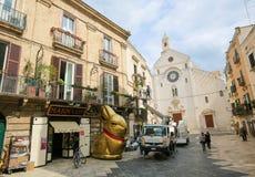 Vista sul centro di Bari, Italia, con Bari Cathedral Immagini Stock