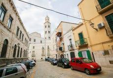 Vista sul centro di Bari, Italia, con Bari Cathedral Fotografia Stock