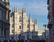 Vista sul duomo Catedral, Milano, Italia Fotografie Stock