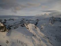 Vista sul ghiacciaio al tramonto nella sera Immagine Stock