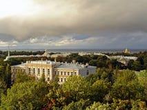Vista sul grande palazzo e su Garde superiore Fotografie Stock Libere da Diritti