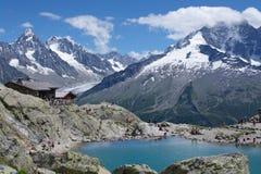 Vista sul lago della montagna Fotografie Stock