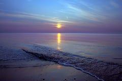 Vista sul mare ad alba/tramonto Fotografia Stock Libera da Diritti