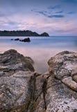 Vista sul mare al crepuscolo Fotografia Stock