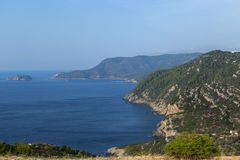 Vista sul mare all'isola di Alonnisos, Grecia fotografia stock