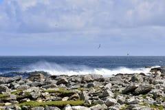 Vista sul mare dell'isola fotografia stock libera da diritti