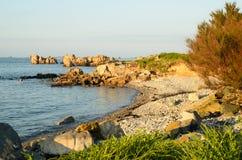 Vista sul mare di Plougrescant fotografie stock