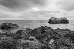 Vista sul mare drammatica immagini stock