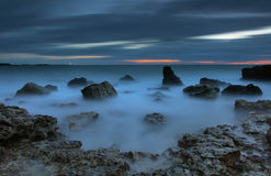 Vista sul mare notturna Fotografie Stock