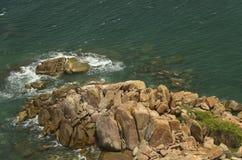 Vista sul mare Rocce e mare Fotografia Stock Libera da Diritti