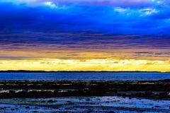 Vista sul mare scandinava di notte bianca Fotografia Stock Libera da Diritti