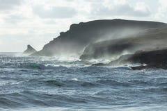 Vista sul mare selvaggia, testa Cornovaglia di Trevose immagine stock libera da diritti