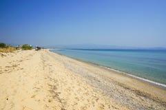 Vista sul mare stupefacente con la sabbia bianca Fotografia Stock Libera da Diritti