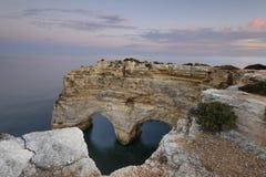 Vista sul mare stupefacente della spiaggia di Algarve Fotografie Stock