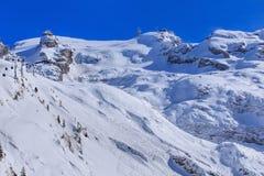 Vista sul Mt Titlis in Svizzera nell'inverno Immagine Stock Libera da Diritti