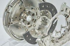 Vista sul nuovo dettaglio pulito dell'elemento della frizione del camion dell'automobile con la sezione trasversale Pulisca il co Immagine Stock Libera da Diritti