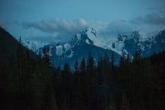 Vista sul picco nevoso Fotografia Stock
