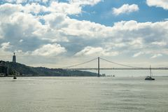 Vista sul Tago vicino a Lisbona Immagini Stock Libere da Diritti