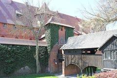 Vista sul vecchio castello tedesco in Malbork. Immagine Stock