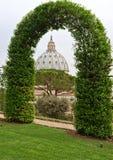 Vista sulla basilica della st Peter Fotografie Stock