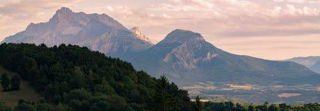 Vista sulla catena montuosa dell'Obiou, Rhone-Alpes, Francia Immagini Stock Libere da Diritti