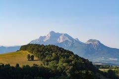 Vista sulla catena montuosa dell'Obiou, Rhone-Alpes, Francia Fotografia Stock