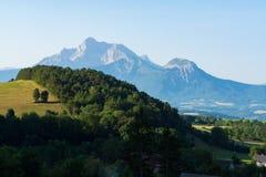 Vista sulla catena montuosa dell'Obiou, Rhone-Alpes, Francia Immagine Stock Libera da Diritti