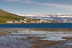 Vista sulla città di Isafjordur Fotografie Stock